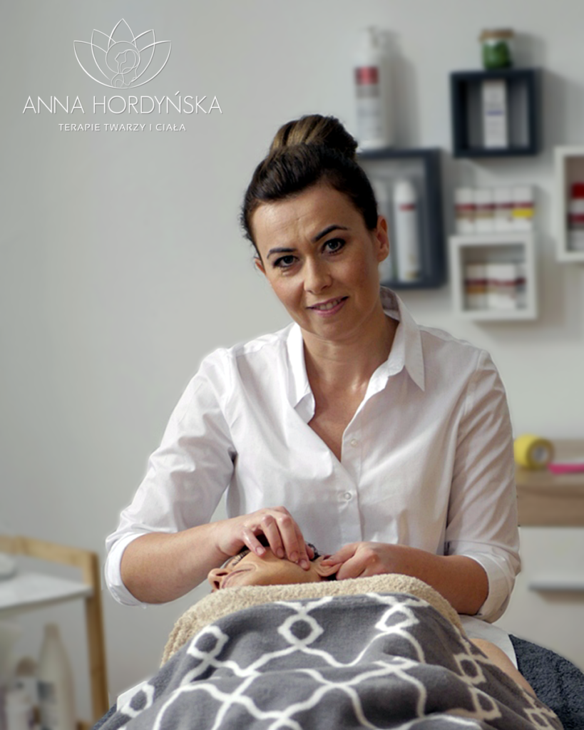 Anna Hordyńska - fragment zabiegu Facemodelingu