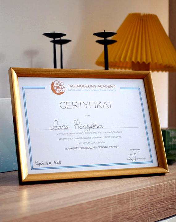 Anna Hordyńska Facemodeling - Certyfikowany Terapeuta Biologicznej Odnowy Twarzy